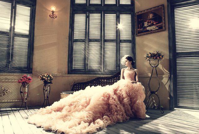 Bruid in jurk